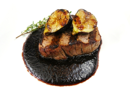 grilled filet mignon with fig-cabernet vinegar glaze