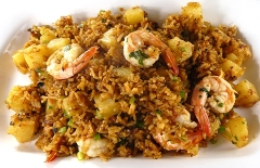 Thai pineapple rice with shrimp
